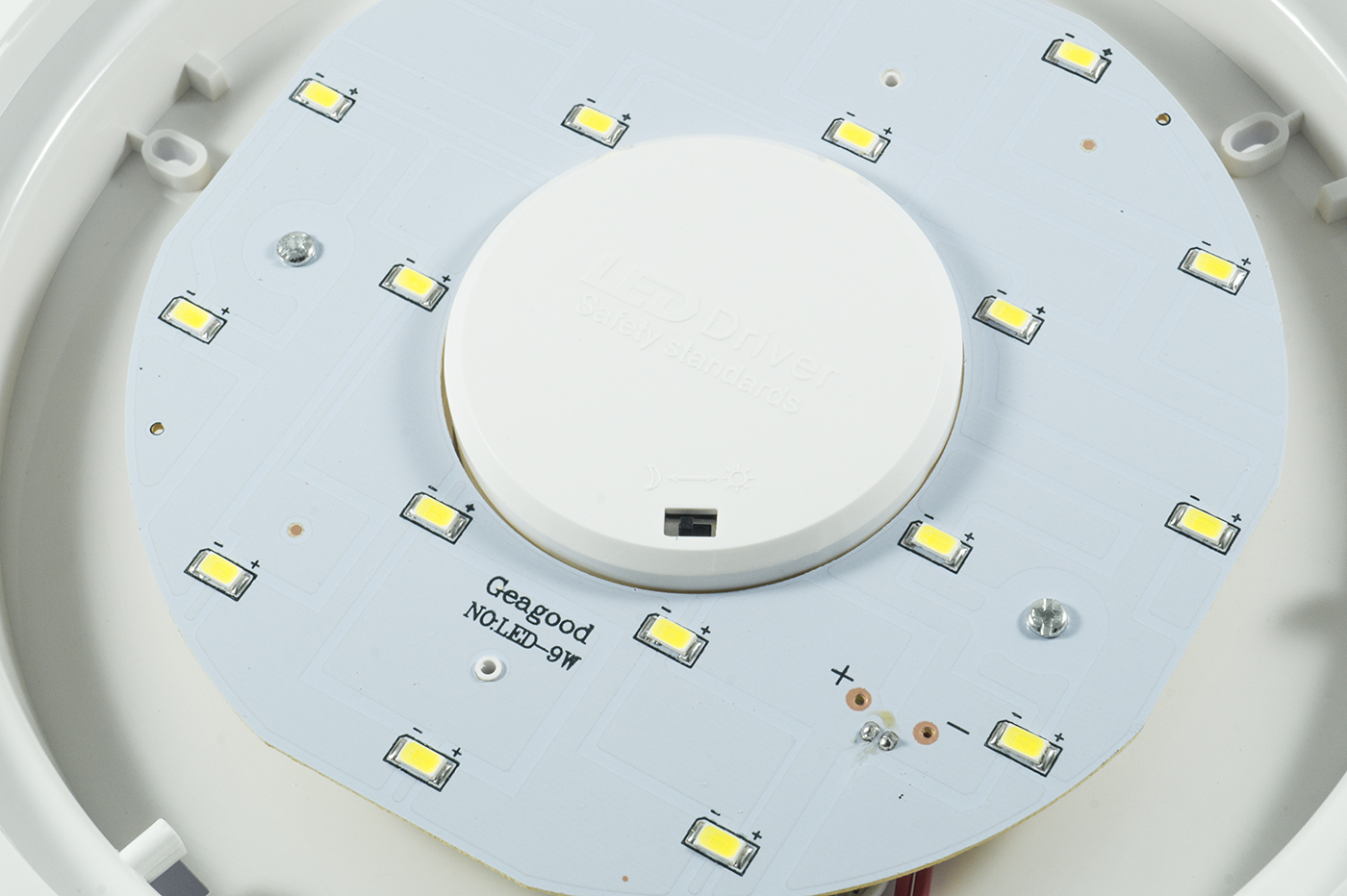 Plafoniera Quadrata Led : Bes plafoniere beselettronica plafoniera lampada led