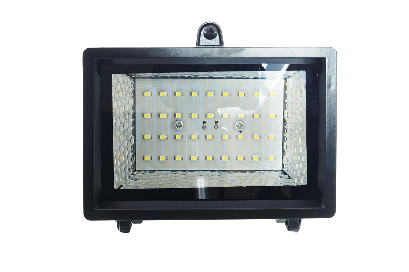 Plafoniere Per Esterno Con Crepuscolare : Bes 19151 illuminazione ad energia solare beselettronica kit