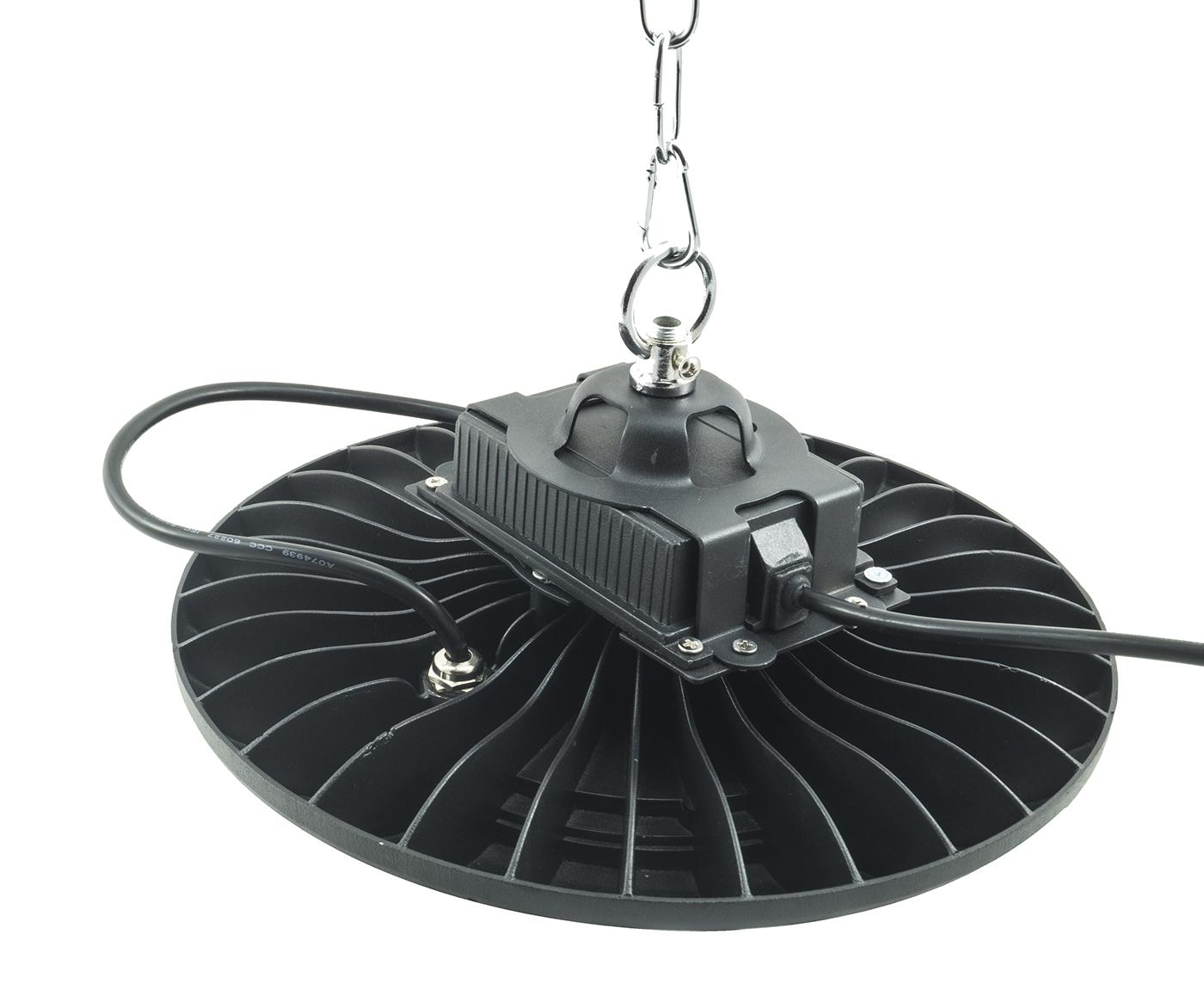 Plafoniere Led Per Capannoni : Bes 21412 illuminazione industriale beselettronica faro led