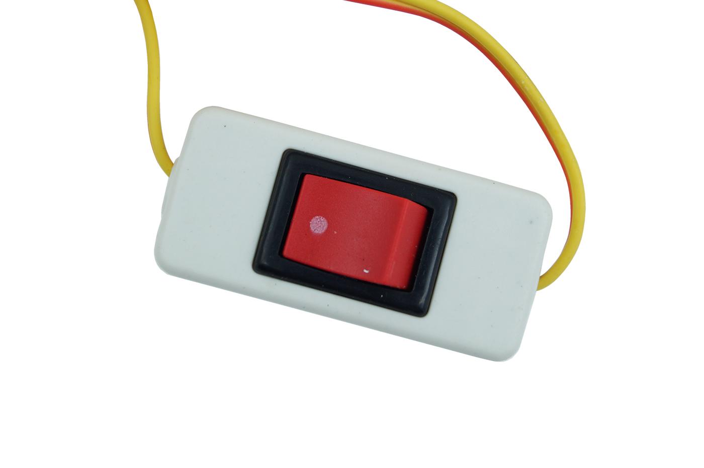 Plafoniera Da Esterno Con Interruttore : Bes accessori auto per esterni beselettronica lampada