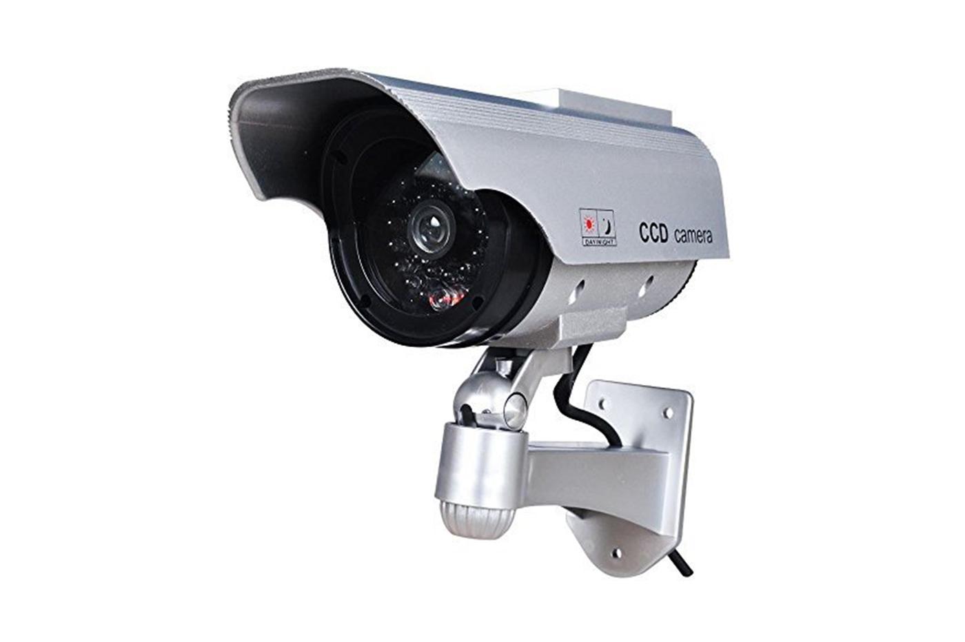 Plafoniera Da Esterno Con Telecamera : Bes finte beselettronica telecamera finta con pannello