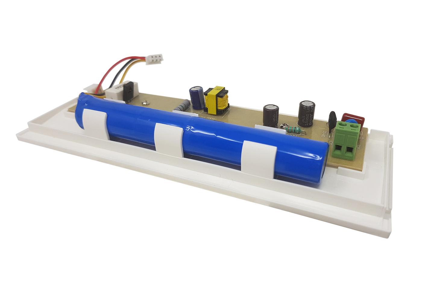Plafoniere Con Luce Di Emergenza : Bes lampade emergenza beselettronica lampada