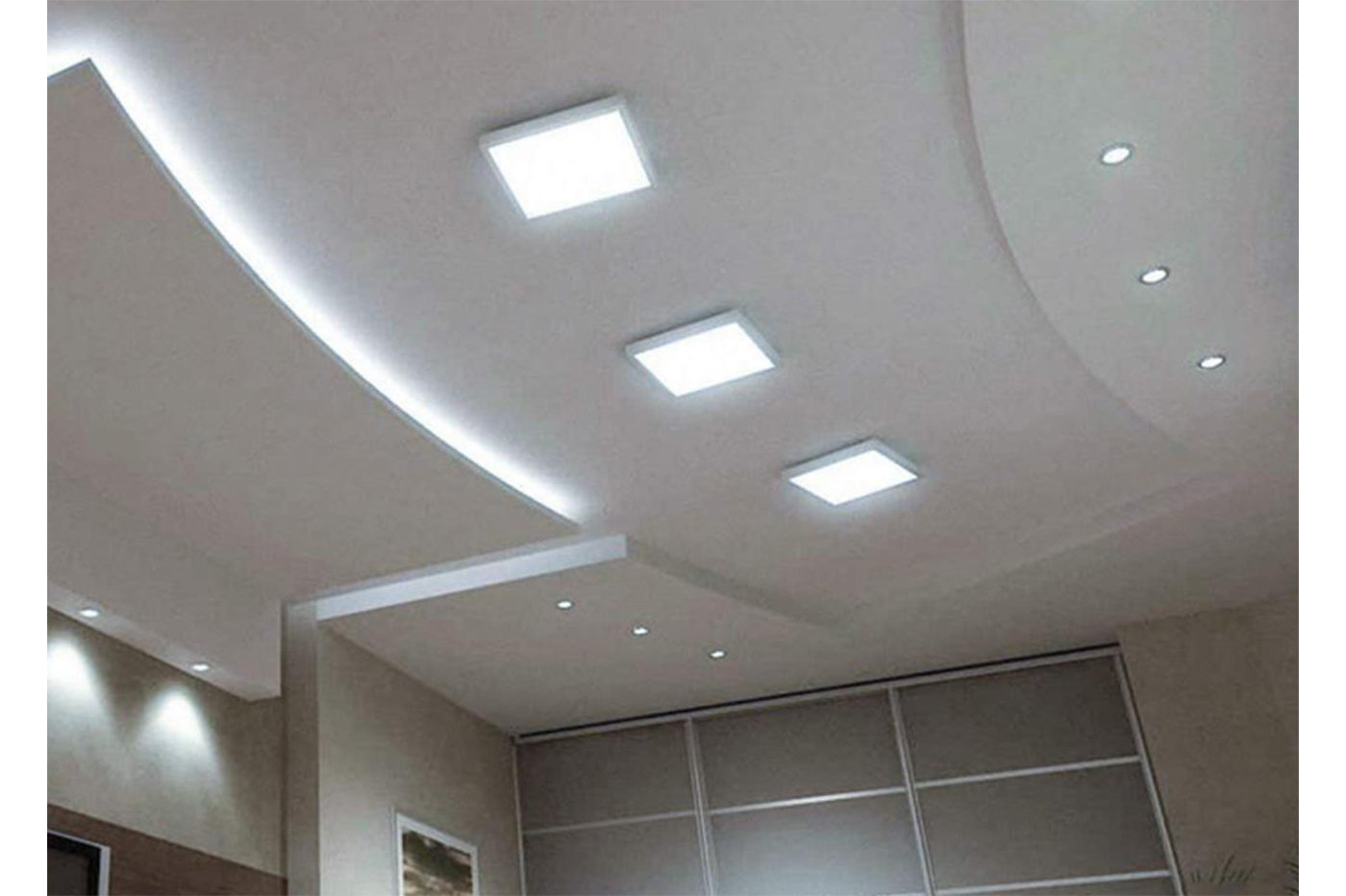 Plafoniere Bluetooth : Bes plafoniere beselettronica plafoniera soffitto led